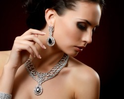 Carls Jewelers & Gifts