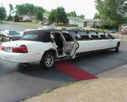 A Advantage Limousine