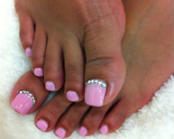 Top 10 nail salons in las vegas nv manicure original diva can complete a whole new makeover on your nails fun and cool to be seen at guests get to pick from nail designs that combines elegance and prinsesfo Image collections