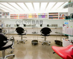 Robert Cromeans Salon