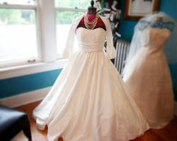 Top 10 Rated Memphis Wedding Dresses And Gown Designers