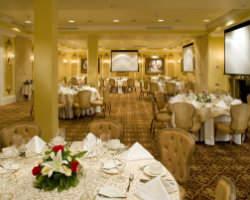 La Pavillon Hotel