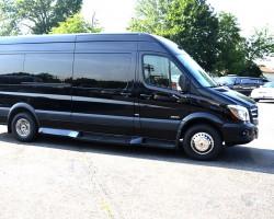 Black Tye Limousine